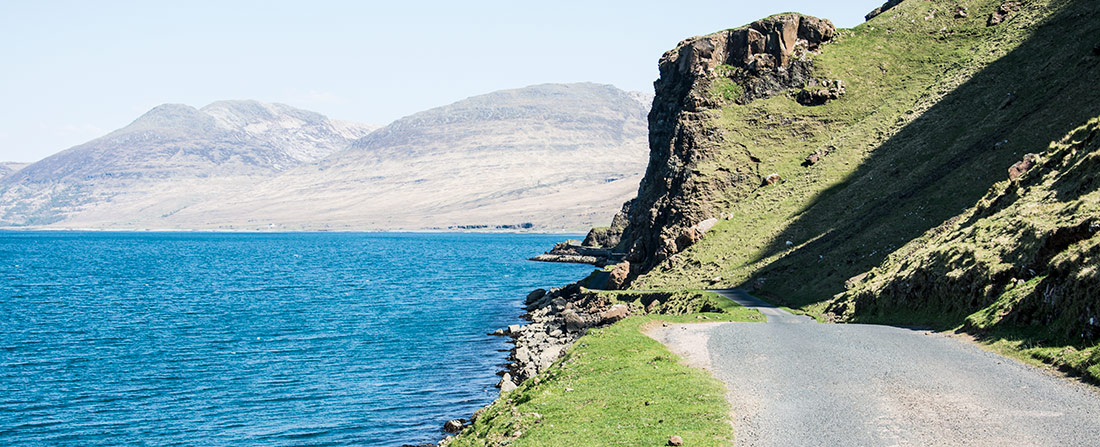Mull, Road to Calgary with sea